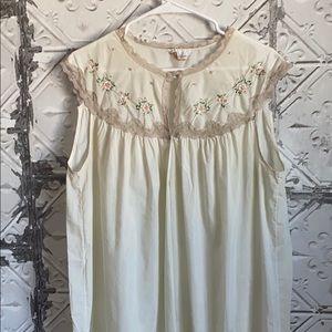 Vintage embroidered Barbizon night gown